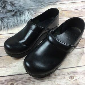 Dansko Black Leather Stapled Clog Nursing Shoes